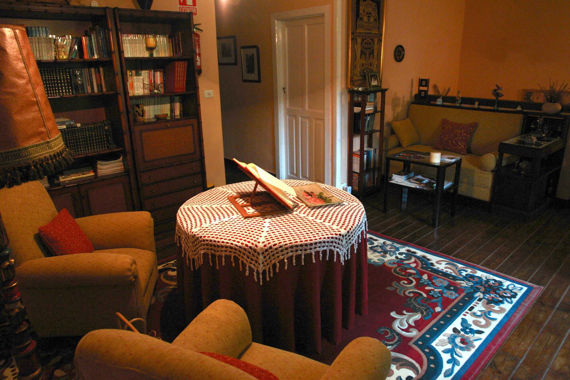 Sala de lectura casa rural